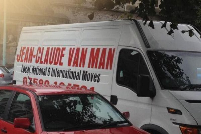 funny-man-and-van